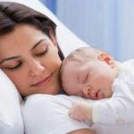 Trẻ sinh ra từ mẹ nhiễm HIV – Cẩn thận trong phương pháp nuôi dưỡng!